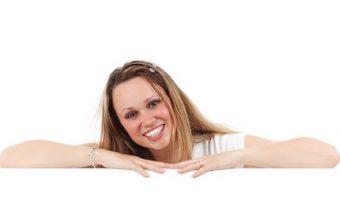 世界も微笑んでくれる!魅力的な笑顔の作り方ベスト10