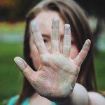 愚痴を聞き流し、否定的な影響をブロックする7つの方法