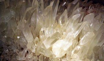 素晴らしい浄化パワーの水晶を持つ7つの意味