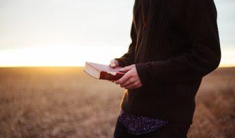 夢占いがヒントをくれる、夢の中で好きだった人に会った時の5つのメッセージ