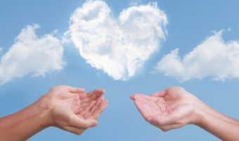 引き寄せの法則で絶対に恋愛を成就させる科学的法則〜5つのポイント